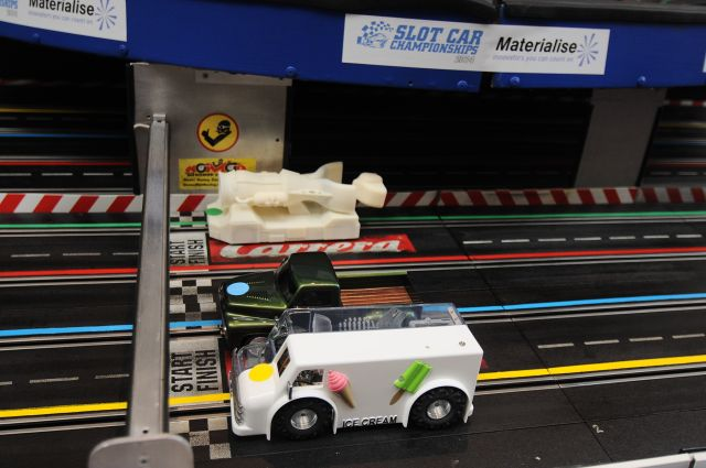 materialise_slot_car_race_website